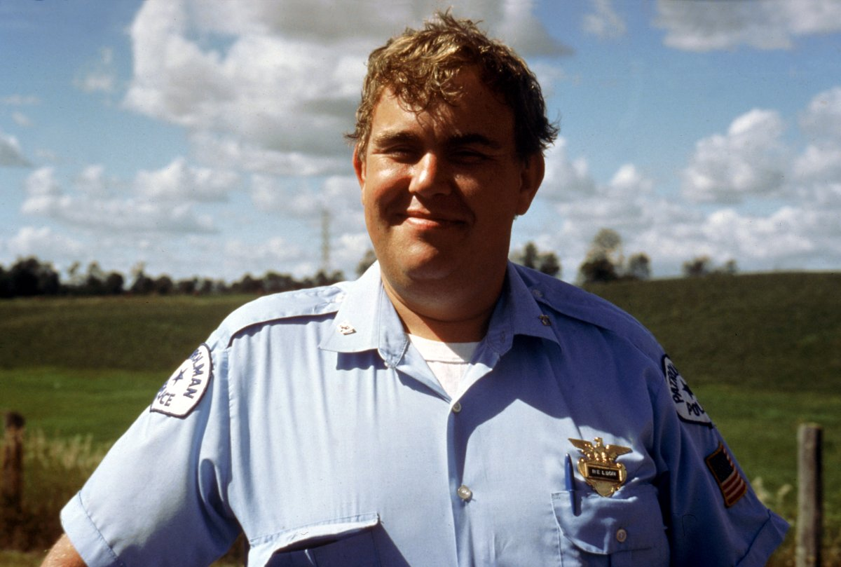 John Candy in Follow That Bird
